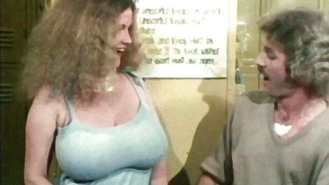 Gorące porno bez rejestracji  Kobieta histeryczna Sąsiadka, pojawiła się darmowe erotyka filmy
